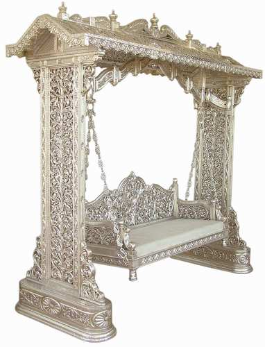 Royal Furniture;